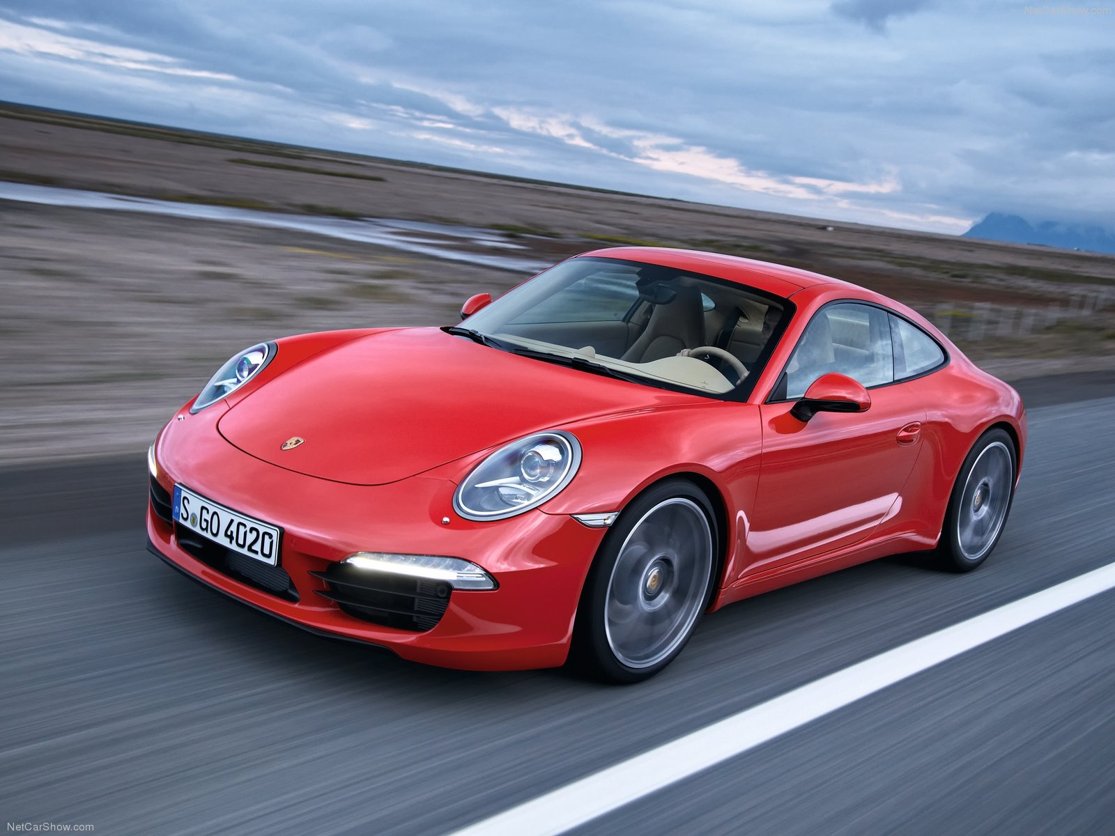 Porsche-911_Carrera_2013_1600x1200_wallpaper_01